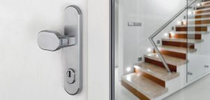 biztonsagi-ajto-kilincs