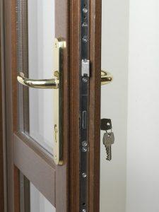 Bej rati ajt kilincsek kilincskir ly - Sicurezza porta finestra ...